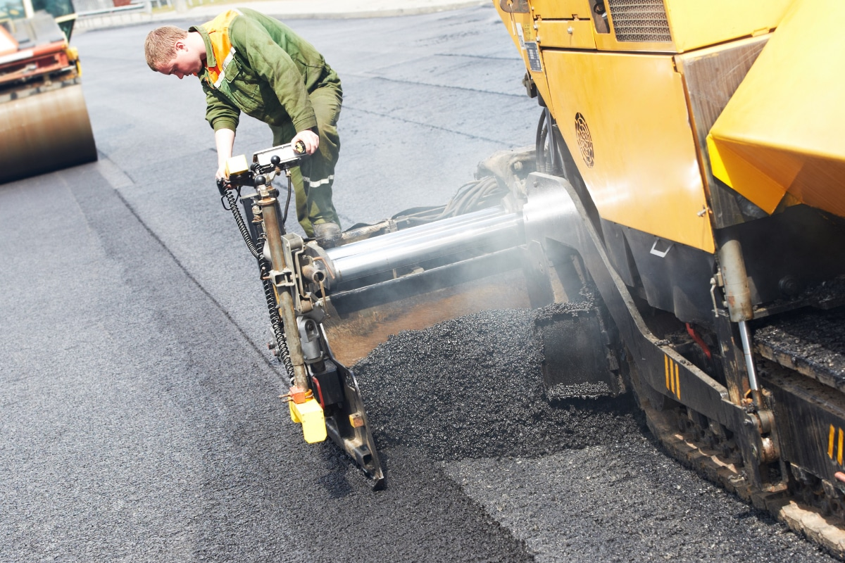 asfalt leggen